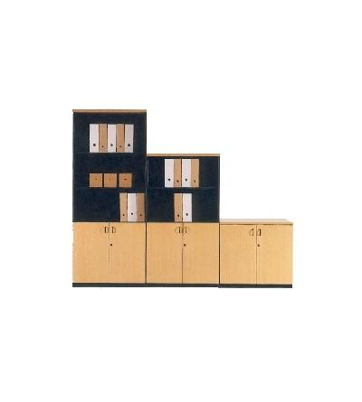 Mueble de oficina de 135 con puertas bajas